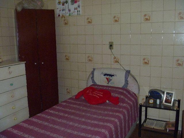 Casa de 3 dormitórios à venda em Jardim Iracema, Barueri - SP