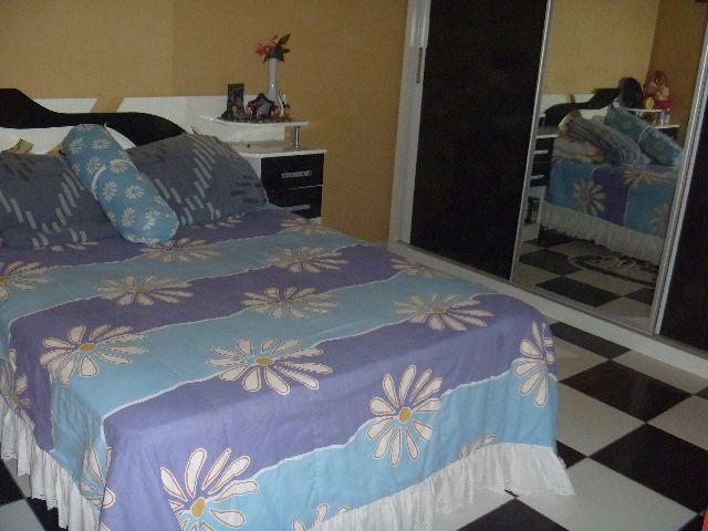 Casa de 3 dormitórios à venda em Jardim Dos Manacás, Carapicuíba - SP