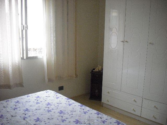 Casa de 4 dormitórios em Vila Quitaúna, Osasco - SP