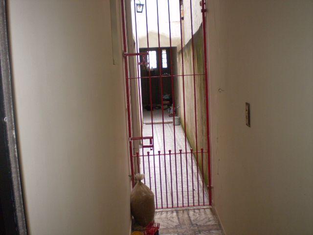 Sobrado de 3 dormitórios à venda em Chácara Das Flores, Carapicuíba - SP