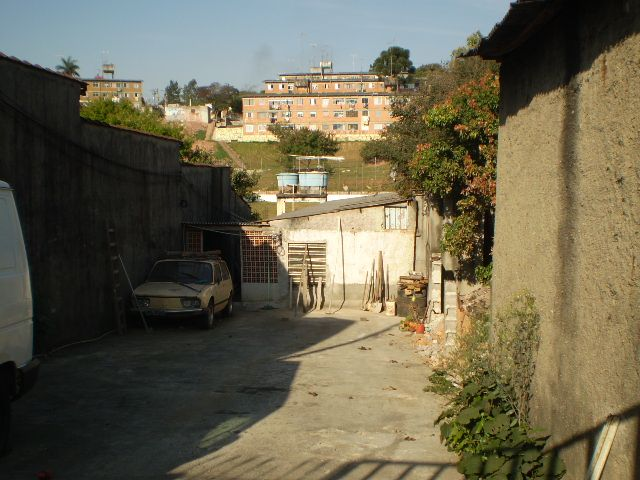 Casa de 1 dormitório à venda em Centro, Carapicuíba - SP