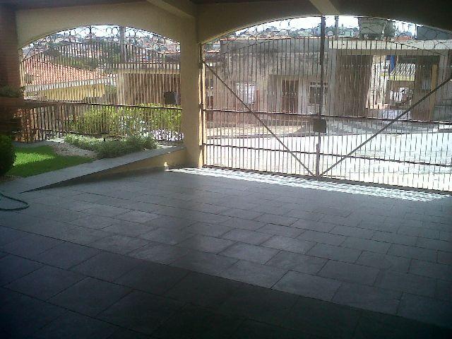Casa de 3 dormitórios em Jardim Umuarama, Osasco - SP