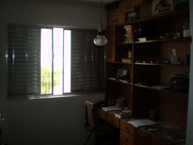 Casa de 3 dormitórios à venda em Vila Osasco, Osasco - SP