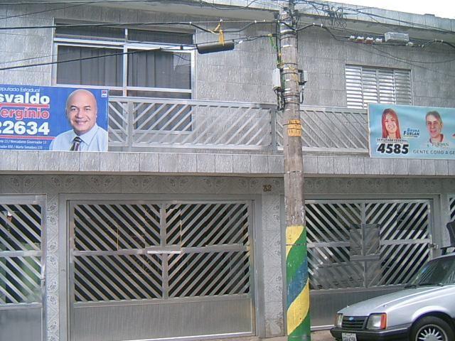 Casa de 6 dormitórios em Jardim Santo Antonio, Osasco - SP