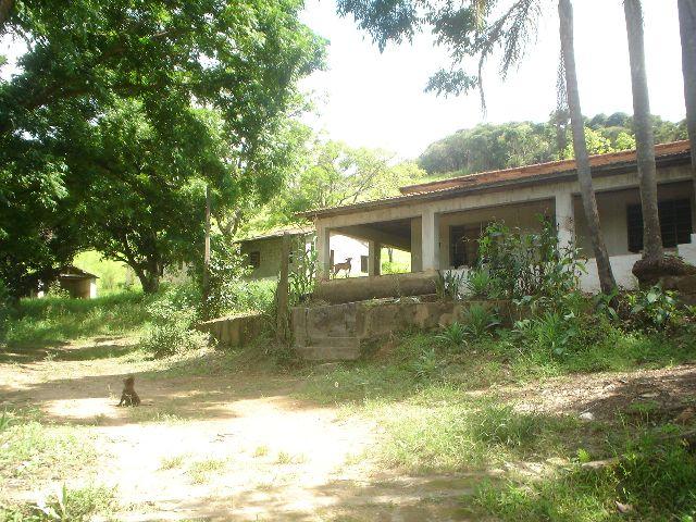 Chácara em Chácara Roselandia, Cotia - SP