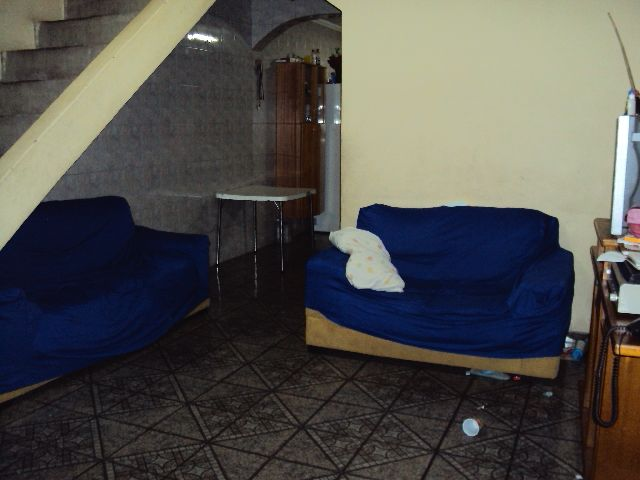 Casa Sobrado de 4 dormitórios à venda em Jardim Rosa Maria, Carapicuíba - SP