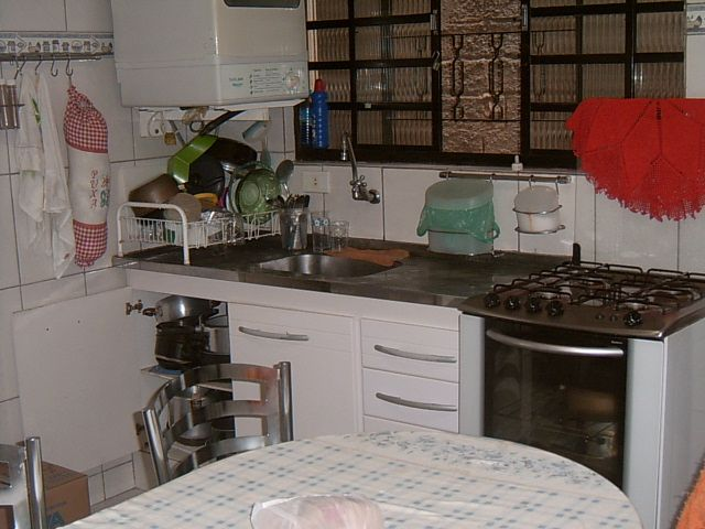 Sobrado de 2 dormitórios à venda em Parque Santa Teresa, Carapicuíba - SP