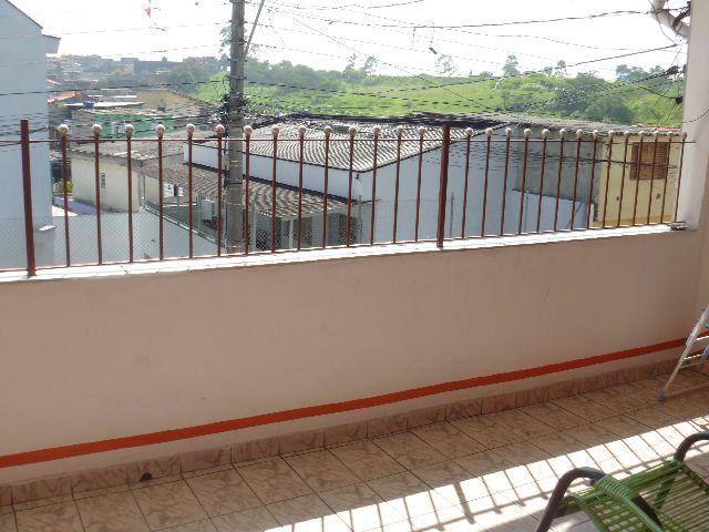 Sobrado de 2 dormitórios à venda em Jardim Elvira, Osasco - SP