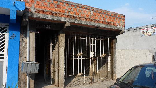 Sobrado à venda em Parque Jandaia, Carapicuíba - SP