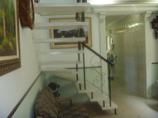 Casa à venda em Jardim Santo Antonio, Osasco - SP