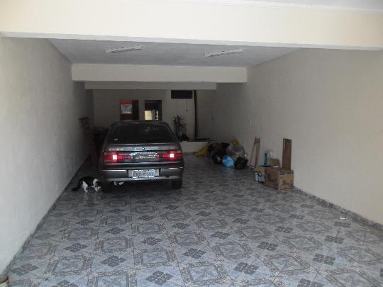 Sobrado à venda em Jardim Cipava, Osasco - SP