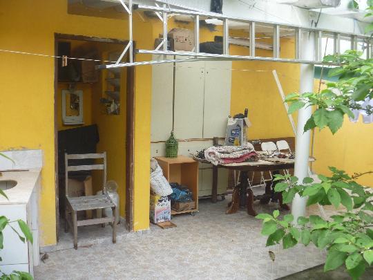 Sobrado à venda em Vila Ayrosa, Osasco - SP