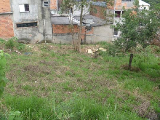Lote / Terreno Residencial à venda em Jardim Marilu, Carapicuíba - SP