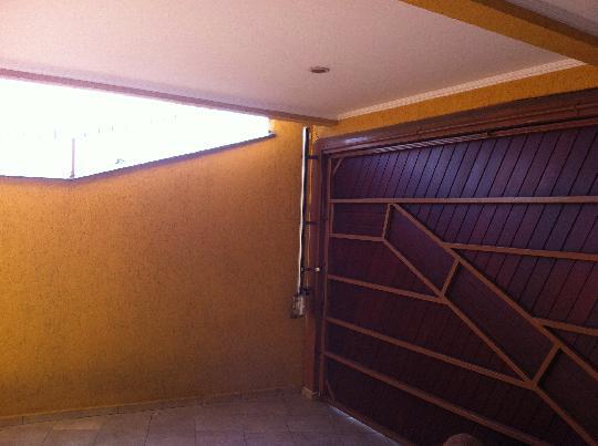 Sobrado de 3 dormitórios à venda em Vila Ayrosa, Osasco - SP