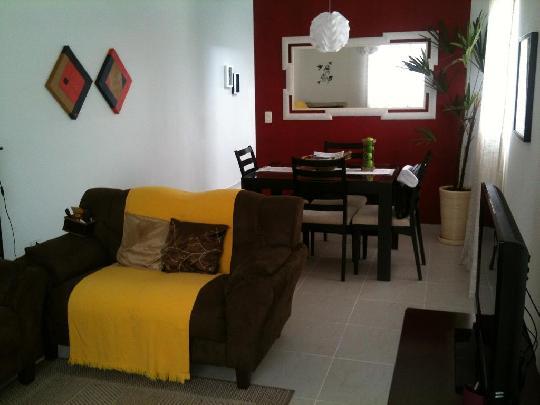 Casa de 3 dormitórios em Jardim Rio Das Pedras, Cotia - SP