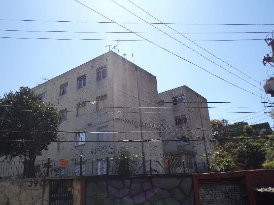 Alugar Apartamento / Apartamento em Carapicuíba. apenas R$ 200.000,00