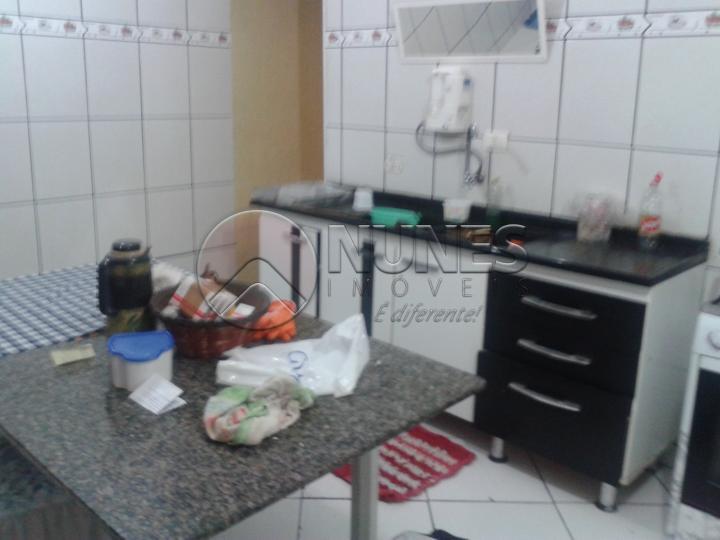 Sobrado à venda em Jardim Santo Estevao, Carapicuíba - SP