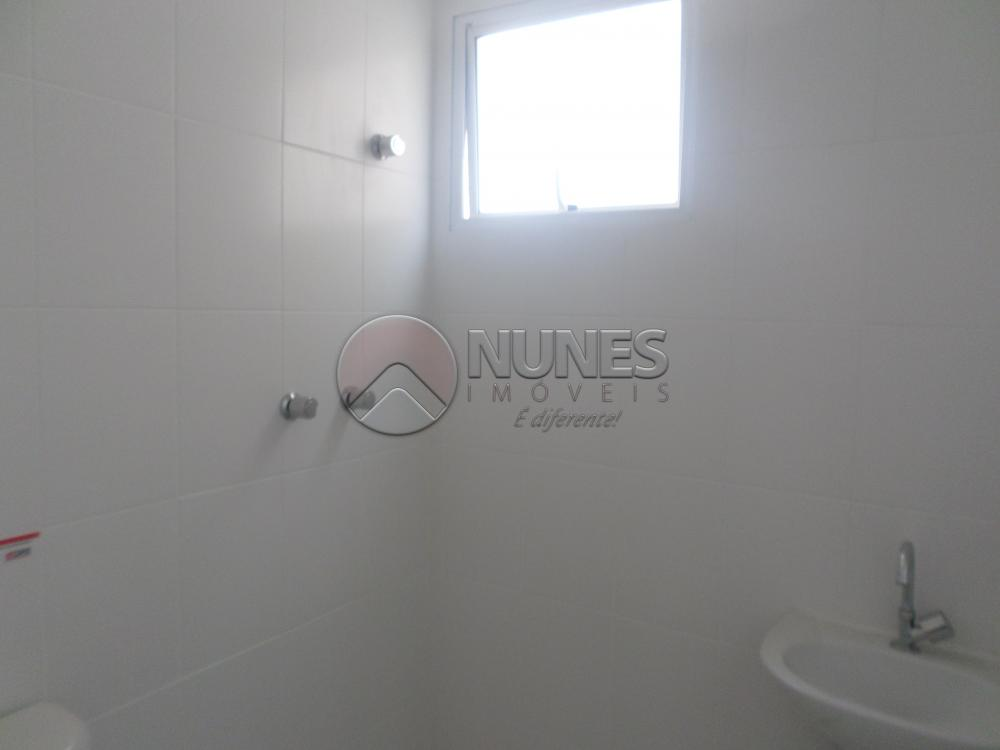 Apartamento de 2 dormitórios em Vila Santa Terezinha, Carapicuíba - SP