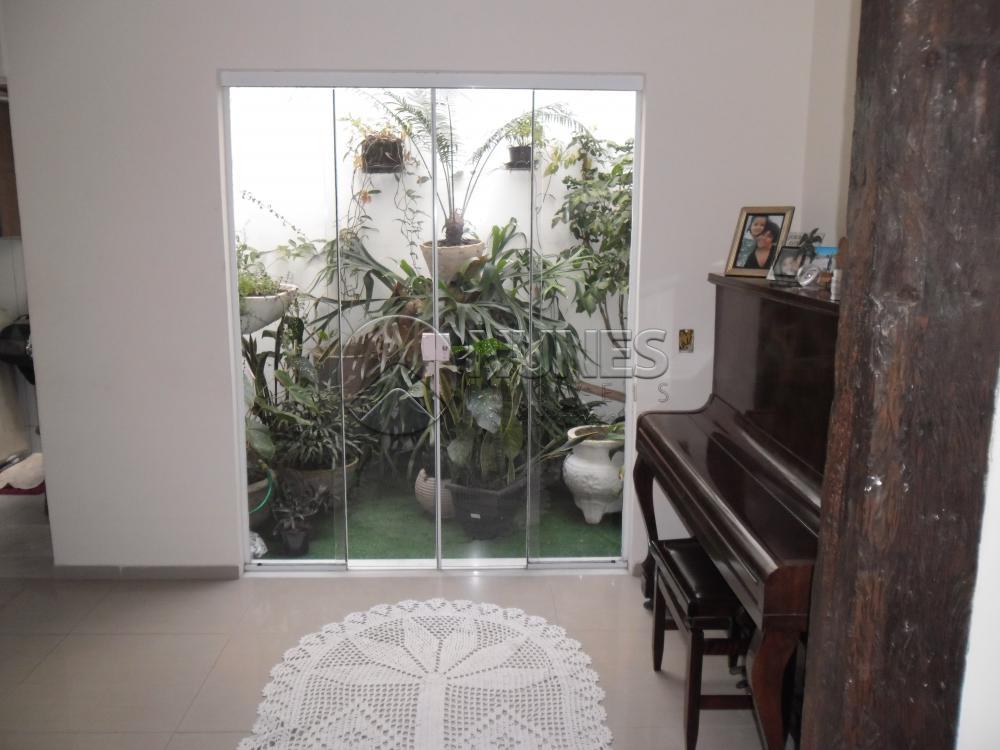 Casa de 3 dormitórios em Jardim Planalto, Carapicuíba - SP