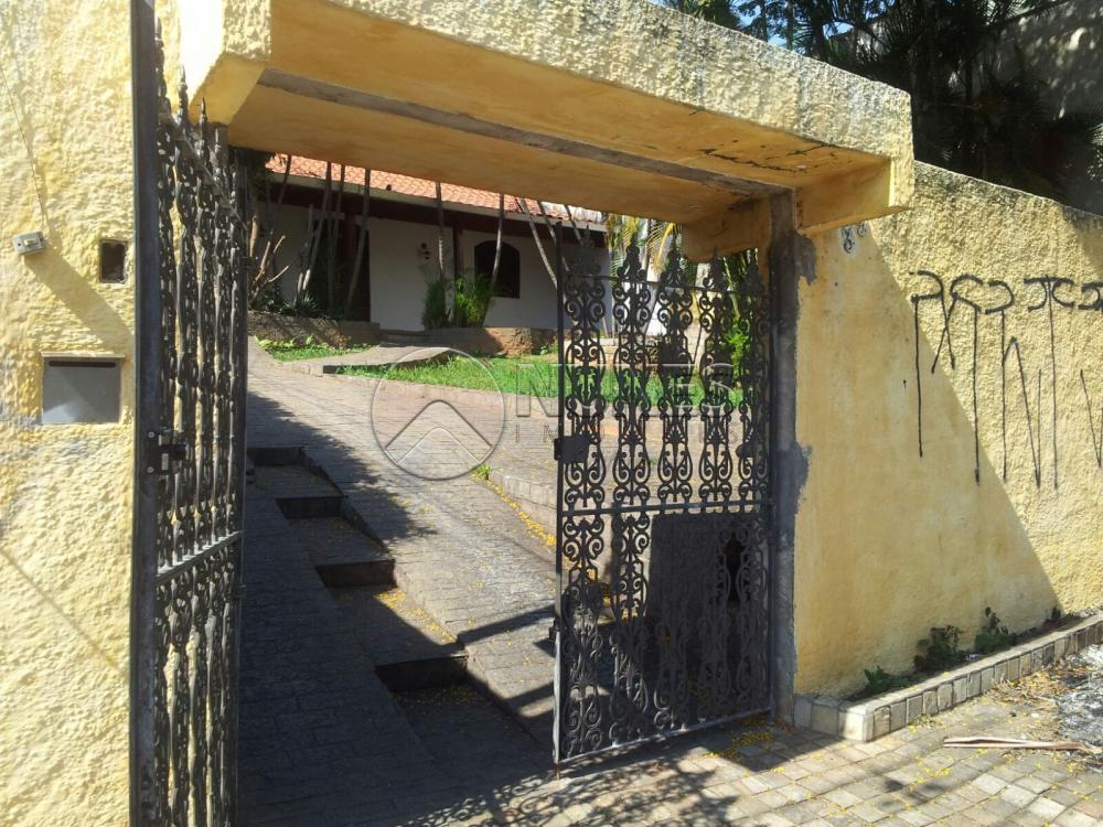Casa em Vila São José, Osasco - SP