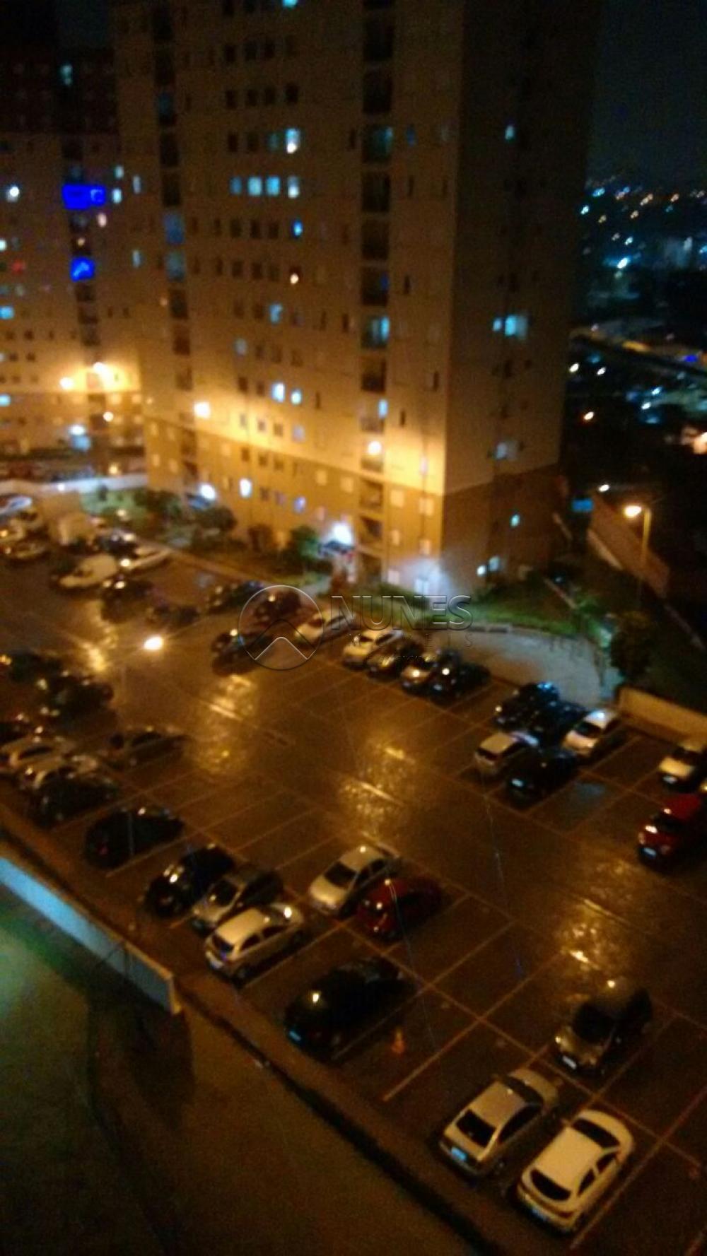Alugar Apartamento / Apartamento em Carapicuíba. apenas R$ 170.000,00