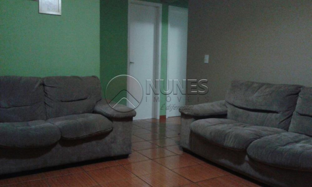 Alugar Apartamento / Apartamento em Carapicuíba. apenas R$ 190.000,00