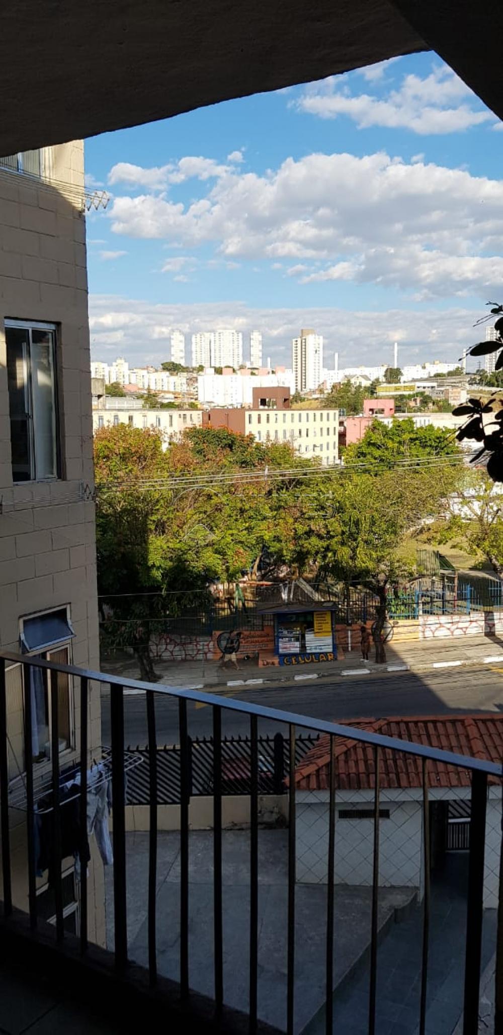 Comprar Apartamento / Padrão em Carapicuíba apenas R$ 130.000,00 - Foto 9