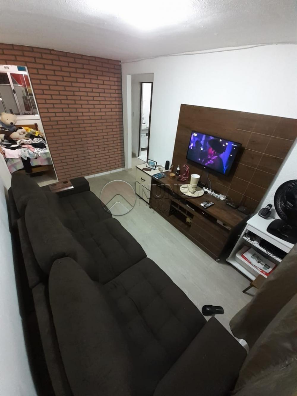 Comprar Apartamento / Padrão em Carapicuíba R$ 140.000,00 - Foto 1