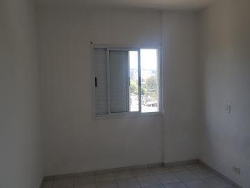 Alugar Apartamento / Padrão em Jandira R$ 1.200,00 - Foto 8