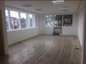 Comercial / Sala Comercial em Cotia Alugar por R$1.500,00