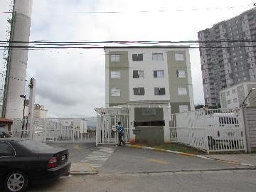Alugar Apartamento / Padrão em Osasco. apenas R$ 560,00