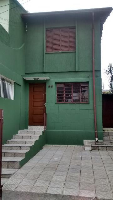 Alugar Casa / Sobrado em São Paulo. apenas R$ 2.100,00
