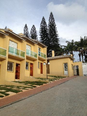 Alugar Casa / Cond.fechado em Cotia. apenas R$ 238.000,00