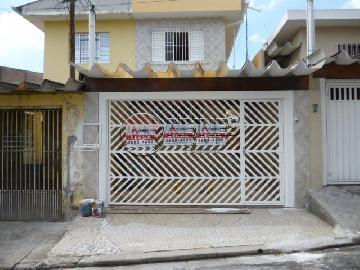 Alugar Casa / Casa Assobradada em Osasco. apenas R$ 1.800,00
