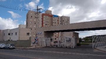 Alugar Apartamento / Apartamento em Carapicuíba. apenas R$ 300.000,00