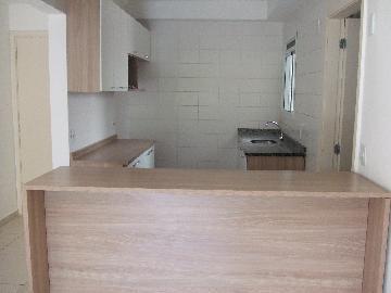 Apartamento / Padrão em Barueri , Comprar por R$390.000,00