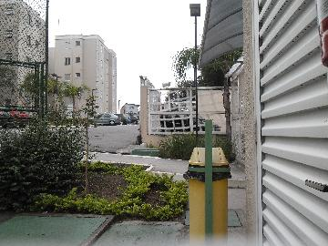 Alugar Apartamento / Apartamento em Osasco. apenas R$ 230.000,00