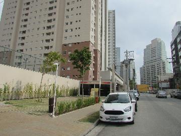 Alugar Apartamento / Padrão em Barueri. apenas R$ 1.300,00