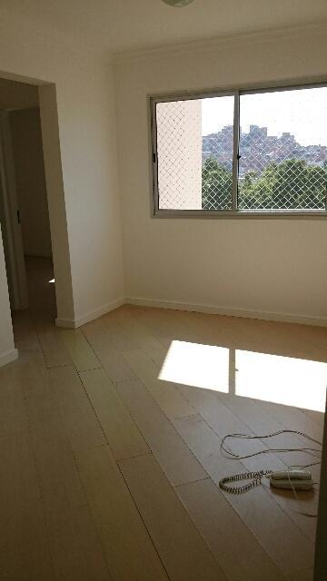 Apartamento / Padrão em São Paulo , Comprar por R$315.000,00