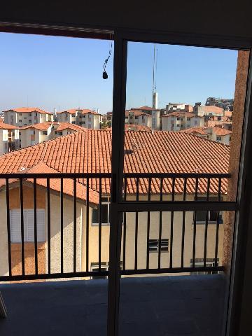 Alugar Apartamento / Padrão em Carapicuíba. apenas R$ 185.000,00