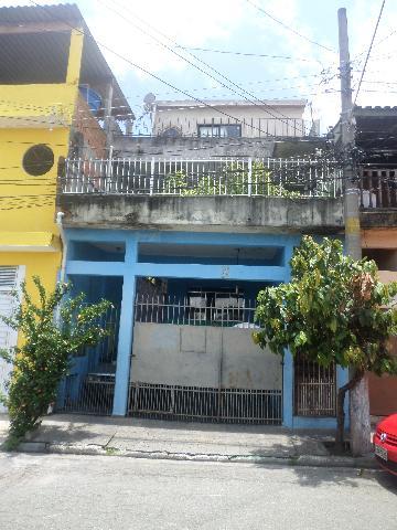 Alugar Casa / Sobrado em Carapicuíba. apenas R$ 350.000,00