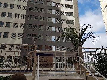 Alugar Apartamento / Padrão em Barueri. apenas R$ 1.700,00