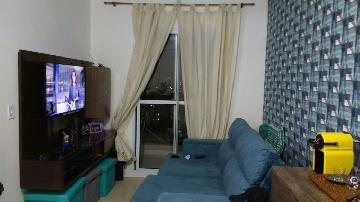 Alugar Apartamento / Padrão em Carapicuíba. apenas R$ 230.000,00
