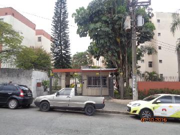 Apartamento / Padrão em São Paulo Alugar por R$1.100,00