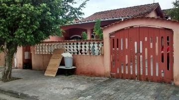 Alugar Casa / Terrea em Itanhaém. apenas R$ 200.000,00