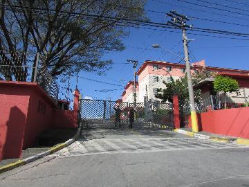 Alugar Apartamento / Padrão em Osasco. apenas R$ 700,00