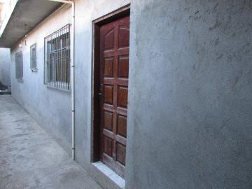 Alugar Casa / Terrea em Carapicuíba apenas R$ 800,00 - Foto 4