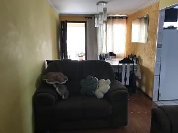 Comprar Apartamento / Padrão em Carapicuíba R$ 180.000,00 - Foto 2