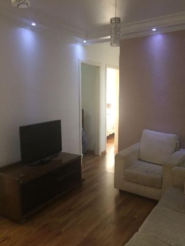 Apartamento / Padrão em Osasco