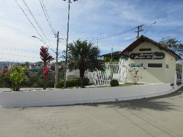 Alugar Casa / Cond.fechado em Cotia. apenas R$ 4.200,00